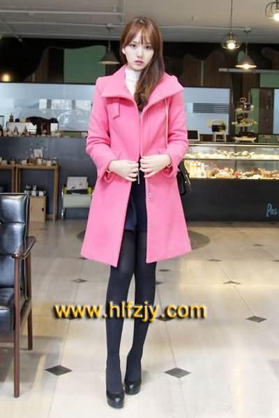 鸿运当头:粉红色大衣】