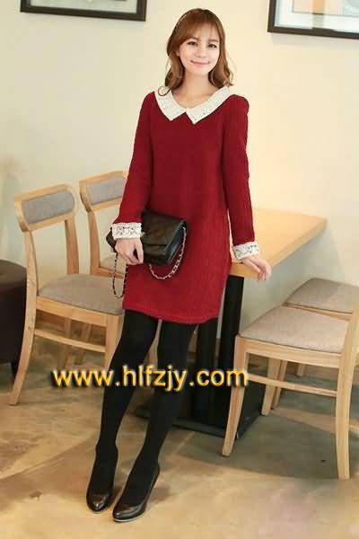 红色无袖连衣裙搭配什么鞋子